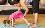blog-thumb_160x100_family-yoga
