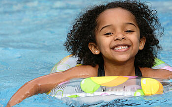What is the Best Age to Start Swimming Lessons?